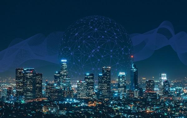 metrópolis inteligentes que, en las últimas décadas, se han ido desarrollando y han ido innovando gracias a su gran potencial tecnológico y digital